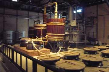 焼酎蔵薩洲濵田屋伝兵衛の焼酎工場