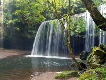 「鍋ヶ滝」
