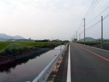 津屋崎で池のような内海