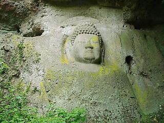 国東半島の磨崖仏(まがいぶつ)