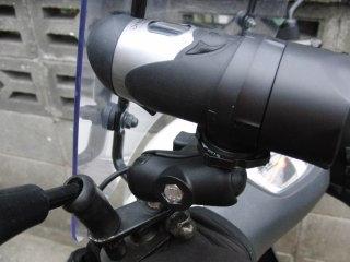 原付二種スクーター(アドレスV125G)にビデオカメラを装着して見ました。