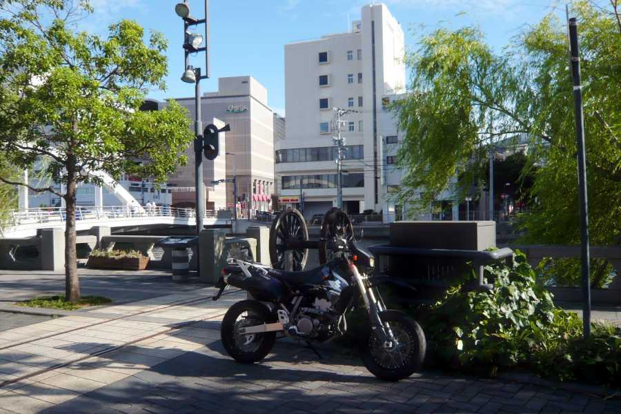 MotoGear/バイクのある風景【出島ワーフにある大車輪】